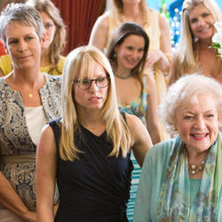 You-Again-movie-image-Jamie-Lee-Curtis-Kristen-Bell.jpg
